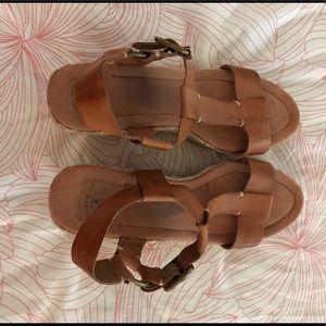 Lucky brand tan sandal